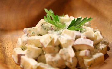 Elmalı Tavuk Salatası Tarifi
