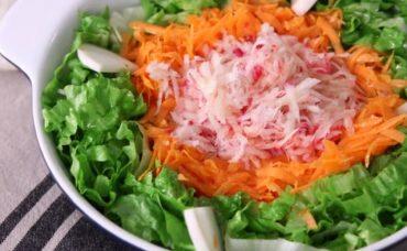 Üç Renkli Salata Tarifi