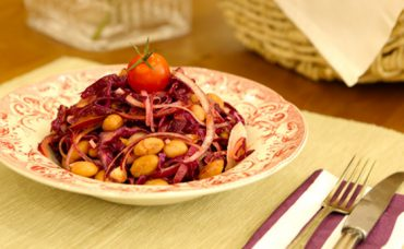 Kırmızı Salata Tarifi