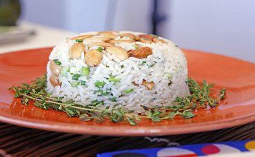 Yasemin Çaylı Pilav Tarifi