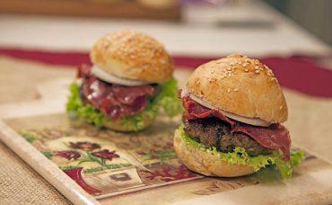 Pastırma Burger Tarifi