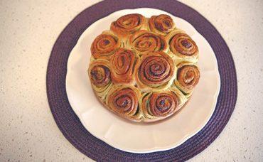 Pestolu Çiçek Ekmek Tarifi