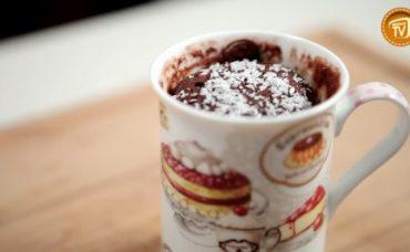 Bardakta Bitter Çikolatalı ve Fındık Ezmeli Kek Tarifi