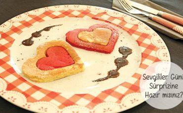 İki Renkli Kalpli Pancake Tarifi