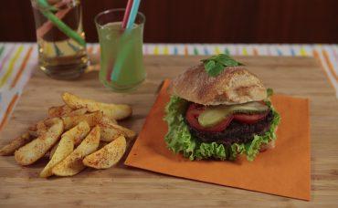 Uzman Kasap Dana Klasik Burger Tarifi