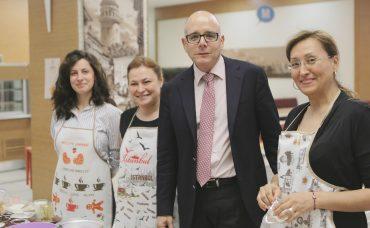 Migros Ailesi Olarak Nefis Brownie'ler Pişirdik!