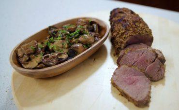 Turuncu Mutfak'tan Tarifler: Fırında Bonfile ve Üç Mantarlı Ragu