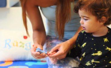 Bebeklerde Tırnak Bakımı Nasıl Yapılır? (3. Bölüm)