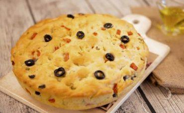 Fokaçyo Ekmeği Nasıl Yapılır?