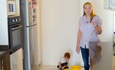 Bebeğinizle, Evdeki Eşyaları Kullanarak Yapabileceğiniz Aktiviteler