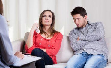 Çiftlerin Sorunlarını Çözmek İçin Danışmanlar Nasıl Bir Yol İzlemeli?