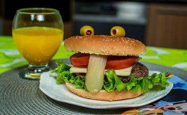 Komik Burger Tarifi