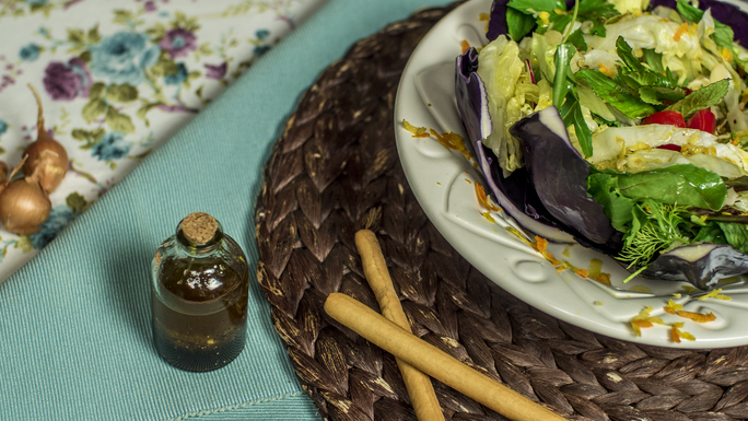 pekmezli sirkeli salata sosu