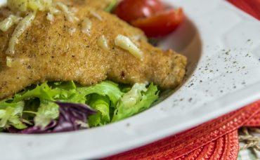 Rendelenmiş Bayat Ekmekli Tavuk Göğsü Tarifi