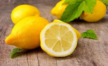 Sofra Adabı: Limon Nasıl Sıkılır?