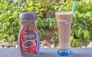 Nescafe Classic ile Çikolatalı ve Vanilyalı Dondurmalı Soğuk Kahve