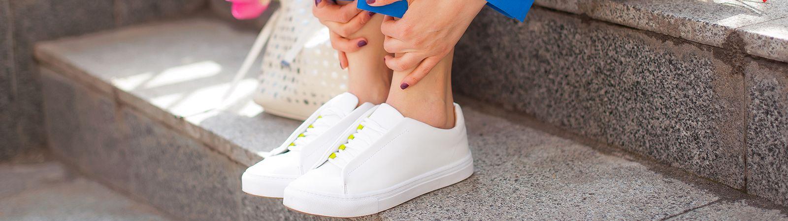 beyaz-spor-ayakkabi