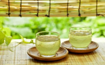 Yeşil Çaydan Serinleten Tonik Yapımı