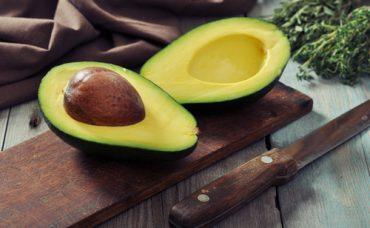 Avokado Nasıl Soyulur?