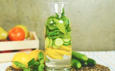 Salatalık Nane Limon Detoksu