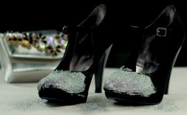 Topuklu Ayakkabıya Göz Alıcı Parlaklık Katan Dokunuş Nasıl Yapılır?