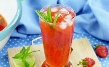 Çilekli Buzlu Çay Tarifi
