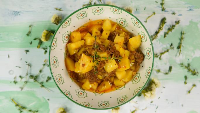 sulu-patates-yemegi