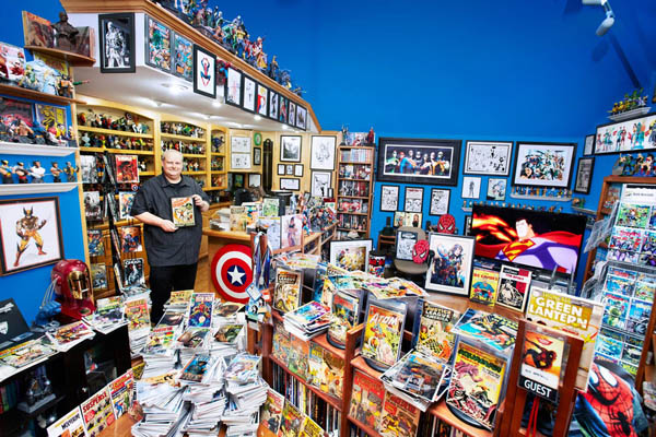 bob-bretall-largest-collection-of-comic-books_-17