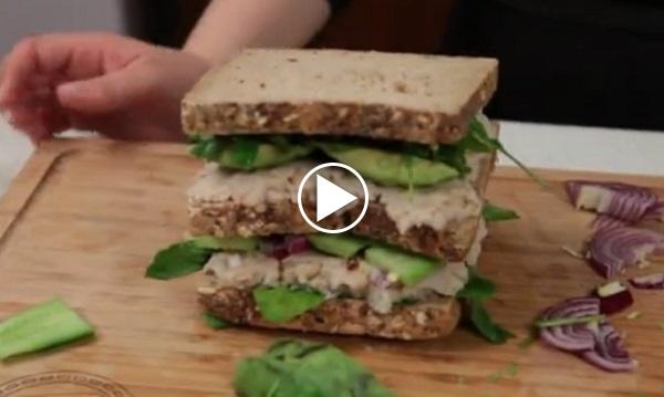 avokadolu-sandvic