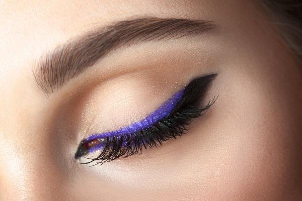 eyeliner-cekme