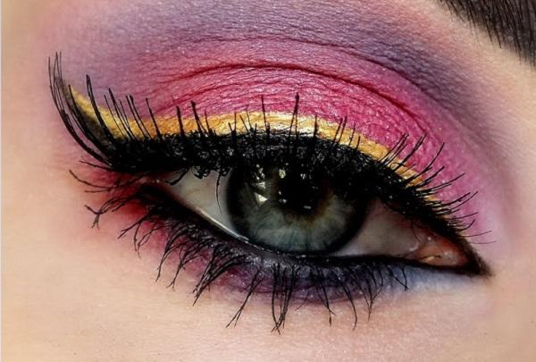 eyeliner-nasil-cekilir