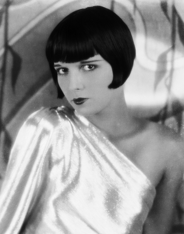 circa 1929:  American actress Louise Brooks (1906 - 1985) who began her career dancing with the Ziegfeld Follies.  (Photo via John Kobal Foundation/Getty Images)