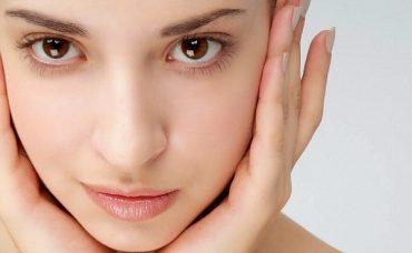 Dermatologların Yüzlerine Asla Uygulamadığı 5 Şey