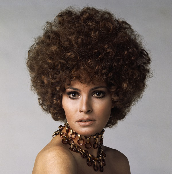 American actress Raquel Welch with permed hair, circa 1970. (Photo by Terry O'Neill/Hulton Archive/Getty Images)