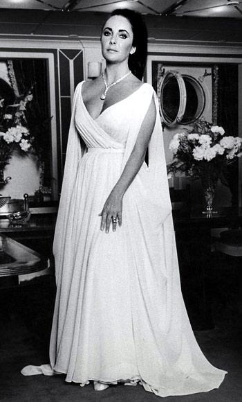 Elizabeth Taylor safir kolye