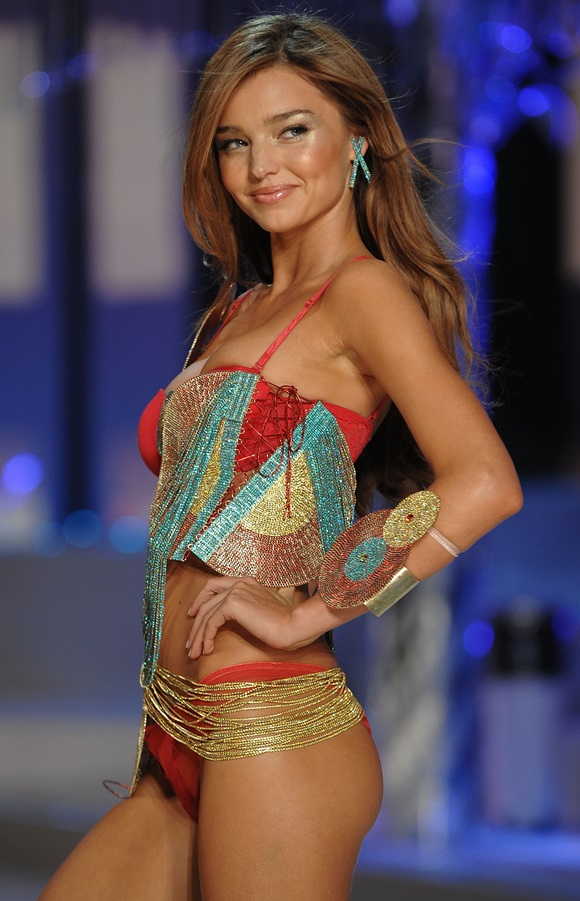 Miranda Kerr at Victorias Secret Fashion Show 2008 (November 15, 2008, Fontainebleau Hotel, Miami)