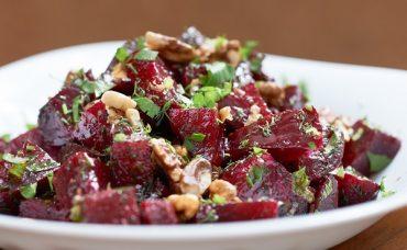Tüm Gözler Renginde: Pancar Salatası