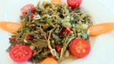 Biraz Buruk, Biraz Ekşi: Zeytinyağlı Semizotu Yemeği