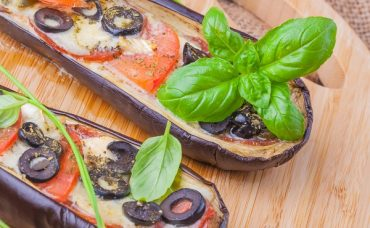 Ara Sıcakların En Güzeli: Peynirli Fırın Patlıcan