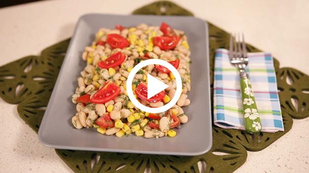 fasulyeli-misir-salatasi