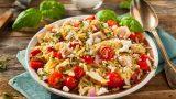 Öğün Niyetine: Tavuklu Arpa Şehriye Salatası