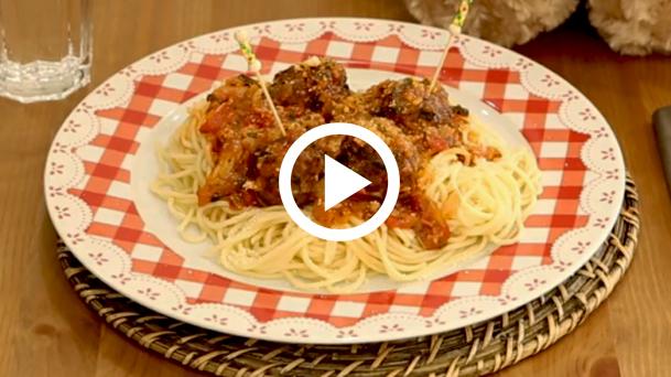 kofteli_spagetti
