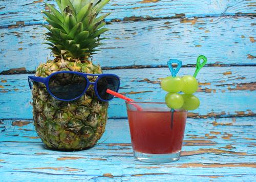 uzum-ananas-kokteyl