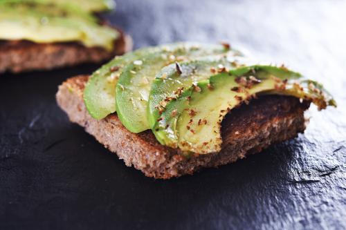 avokado-tost